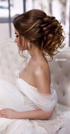 Elstile wedding hairstyles for long hair 3 - Deer Pearl Flowers / www.deerpearlf… - Elstile wedding hairstyles for long hair 3 – Deer Pearl Flowers / www. Wedding Hairstyles For Long Hair, Wedding Hair And Makeup, Bride Hairstyles, Trendy Hairstyles, Bridal Hair, Hair Makeup, Hair Wedding, Hairstyle Wedding, Bridesmaid Hairstyles