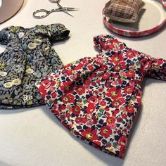 """""""Then, back to sewing. #dressmaking #libertyprint #sewing"""" - Thanks to @ohmytangerine"""