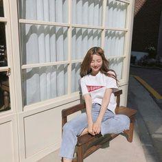 💋 ➷ulzzang ღ girls➶ Ulzzang Korean Girl, Cute Korean Girl, Ulzzang Couple, Asian Girl, Korean Picture, Korean Photo, Korean Aesthetic, Aesthetic Girl, Kpop Wallpaper