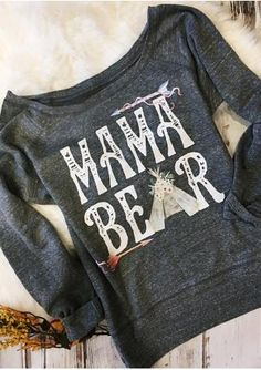 MAMA BEAR Arrow Printed Sweatshirt Mom Outfits, Cute Outfits, Mama Bear Sweatshirt, Sweatshirt Outfit, Casual Tops For Women, Women's Casual, Trends, Up Girl, Printed Sweatshirts
