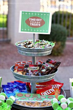 One Week to Superbowl! Love this party idea from A to Z Parties , she uses snacks instead of cupcakes and sweets!!!! Click HERE  for mor...