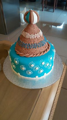 You do things… Sotho Traditional Dresses, Traditional Jacket, Traditional Decor, African Traditional Wedding, Traditional Wedding Cakes, African Wedding Cakes, Lion Cakes, Wedding Cake Inspiration, Wedding Reception Decorations