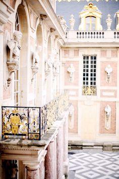 Inside Versailles: Marie Antoinette apartments....
