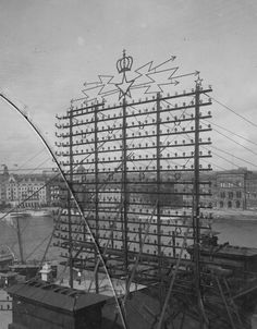 A Century Telephone Network Covered Stockholm in Thousands of Phone Lines telephones Stockholm history Empire State Building, Natural Swimming Ponds, Vintage Phones, City Sky, Cable, Pixel, Tecno, Land Art, Stockholm