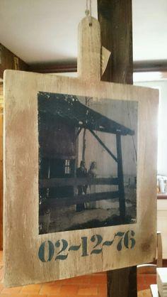 DIY Broodplank van Xenos, foto erop gezet met heavy gel medium van Amsterdam.  Lettersjablonen zijn van de Action.  Gemaakt in opdracht t.g.v. een 40-jarig huwelijk.