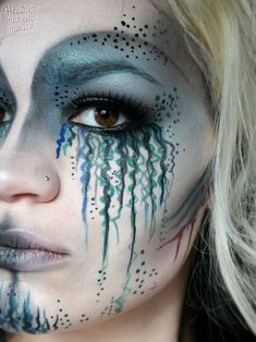 Face painting examples are very useful in the art of face painting. One of the greatest things about face painting examples, is that there are many reference Makeup Fx, Artist Makeup, Makeup Brushes, Best Makeup Tutorials, Best Makeup Products, Beauty Products, Costume Meduse, Mermaid Makeup Tutorial, Mermaid Costume Makeup