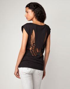 Fringe Open Back Wings T Shirt Cutting - A Favorite of Mine! (Bershka Portugal - T-shirt cut out wings)