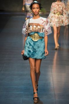 Dolce & Gabbana Spring 2014 Ready-to-Wear Fashion Show - Anais Mali