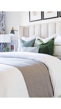 Master Bedroom Interior, Bedding Master Bedroom, Simple Bedroom Decor, Home Decor Bedroom, Bedroom Ideas, How To Make Bed, House Rooms, Home Room Design, Interior Design