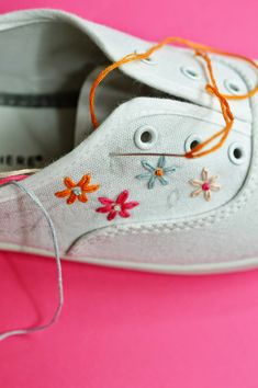 all tangled up diy embroidered canvas shoes by the sea Hand Embroidery Stitches, Hand Embroidery Designs, Embroidery Art, Cross Stitch Embroidery, Diy Embroidery Shoes, Embroidery Sneakers, Cross Stitches, Knitting Stitches, Hand Stitching