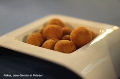 Receta de croquetas económicas de setas Tapas, Finger Food Appetizers, Finger Foods, Kitchen Recipes, Cooking Recipes, Spanish Food, Spanish Recipes, Mini Foods, Canapes