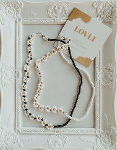Hippie Jewelry, Cute Jewelry, Diy Crafts Jewelry, Handmade Jewelry, Beaded Necklaces, Beaded Jewelry, Pulseras Kandi, Daisy Necklace, Bead Jewellery