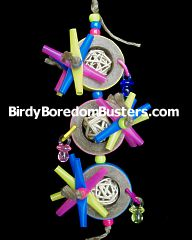 Milky Way Handmade Bagel Bird Toy. Put straw stars in bagels and string pine blocks and foam between the bagels.