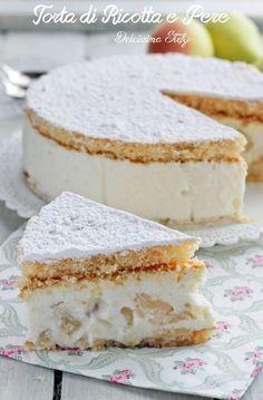 Torta di Ricotta e Pere senza cottura ♦๏~✿✿✿~☼๏♥๏花✨✿写☆☀🌸🌿🎄🎄🎄❁~⊱✿ღ~❥༺♡༻🌺TU Dec ♥⛩⚘☮️ ❋ Italian Cake, Italian Desserts, Mini Desserts, Italian Recipes, Delicious Desserts, Italian Soup, Sweet Recipes, Cake Recipes, Dessert Recipes