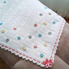 Fotoğraf açıklaması yok. Bargello, Quilts, Blanket, Crochet, Creative, Instagram, Tricot, Manualidades, Quilt Sets