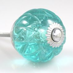 Set of 2 Glass Crystal Knobs – Crisscross Light Blue