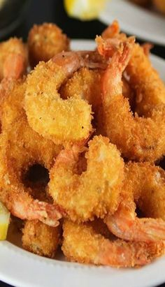 You will never believe how easy it is to make this Crispy Crunchy Fried Shrimp recipe right at home! Seasoned shrimp get lightly coated in a batter, then dipped in panko bread crumbs. Crunchy Fried Shrimp made right at home! Deep Fried Shrimp, Fried Shrimp Recipes, Breaded Shrimp, Prawn Recipes, Shrimp Dishes, Fish Dishes, Salmon Recipes, Seafood Recipes, Dinner Recipes