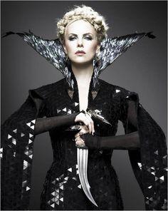 Evil Queen... Je Adore!