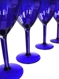 I love blue stemware-- looking for these EXACT glasses. My 8 is down to 3. :-(