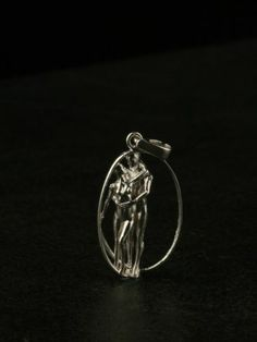 Sterling Silver Hugging the Couple Figure pendant, Without necklace,giftbox,new