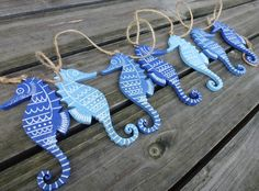 Gisela Graham Wooden SEAHORSE Nautical Seaside Bunting Garland Themed Home Decor