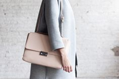 Studio Fernweh for Connected to Fashion Nude Bags, Work Wardrobe, Clutch Bag, Swatch, Street Style, Style Inspiration, Shoulder Bag, Pure Products, Coat