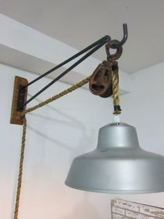 Wall Mount Pulley Light