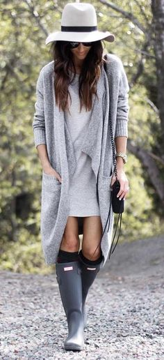 Cute outfit with hunter boots More