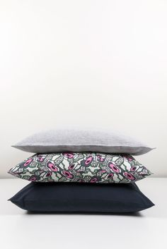 ZigZagZurich makes luxury bedding, duvet covers, curtains, throws and blankets, designed by artists using the finest quality materials made in Italy Luxury Bedding, Duvet Covers, Textiles, Pillows, Design, Luxury Bed Linens, Throw Pillow, Cushions, Cushion