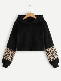 To find out about the Contrast Leopard Sleeve Teddy Hoodie at SHEIN, part of our latest Sweatshirts ready to shop online today! Fashion News, Fashion Outfits, Cute Sweatshirts, Cheap Hoodies, Young Models, Black Pattern, Winter Fashion, Pullover, Sleeves