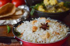 Chicken 555 Gravy - How to make Chicken 555 — Spiceindiaonline Rice Dishes, Food Dishes, Tamarind Rice Recipes, Madras Chicken, Indian Sambar Recipe, Medu Vada Recipe, South Indian Chicken Curry, Daikon Recipe, Idli Sambar