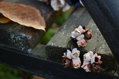 Surround necklace with flowers. Handmade by IvannaFlorist on Etsy
