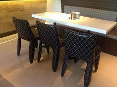#菱格紋皮質椅-Forty café咖啡廳