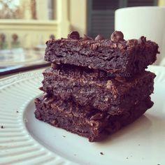 Шоколадные браунис с тофу (без муки, масла, орехов, веганские)