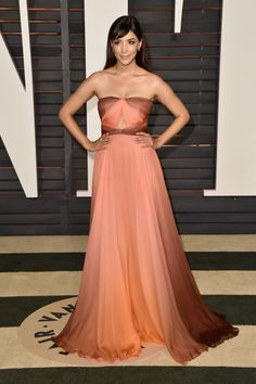 Hannah Simone. See what all the stars wore to the Academy Awards' biggest after party.