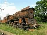 as i waited i saw that the train had two rusty alcos in dead tow ...