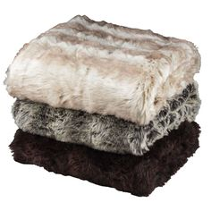 Queensland Homes Blog » Fluffy faux fur is the perfect winter warmer – curl up on the lounge or in bed with one of these luxe throws.