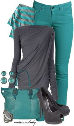 Wish I could pull this outfit off. Gray and Teal jeans Mode Outfits, Fall Outfits, Casual Outfits, Casual Clothes, Trendy Work Clothes, Casual Wear, Casual Shirts, Classic Clothes, Beach Outfits
