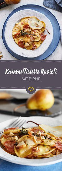 Ravioli mit fruchtigen Birnen, salzig-knusprigem Prosciutto und würziger Thymian-Honig-Butter warten nach Feierabend schon sehnsüchtig auf dich.