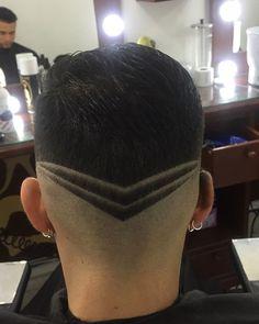 Latest Haircuts, Trending Haircuts, Latest Hairstyles, Haircuts For Men, Messy Hairstyles, Hard Part Haircut, Fade Haircut, V Hair, Hair Art