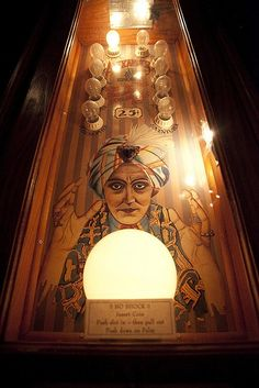 Ghastly Delights Fortune Teller pin ball machine
