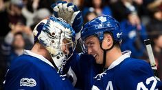 Maple Leafs score seven against Islanders