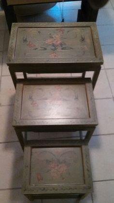 Set of vintage stacking tables in Orlando, FL (sells for $35)