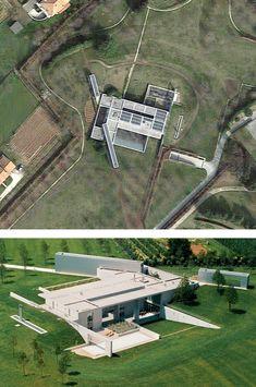 Invisible House, Ponzano Veneto, Treviso (2004) | Tadao Ando | Archweb Concrete Architecture, Architecture Details, Modern Architecture, Tado Ando, Casa Wabi, Archi Design, Building Structure, Architect House, Facade House