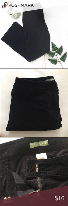 "J. Crew black corduroy pants size 6 Waist 30"" Rise 9"" Inseam 30""   Not what you're looking for? Feel free to browse my closet for other occasions: Winter, spring, summer, fall, birthday, New Year's Eve, Valentine's Day date, Graduation, Prom, Purim, St. Patrick's Day, Easter, Earth Day, Cinco de Mayo, Mother's Day, EDC, Coachella, Memorial Day, Comic Con, 4th of July, Labor Day, Thanksgiving, Halloween, Christmas J. Crew Pants"