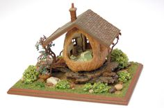 Walnuts and Fantasy - Walnuts and Fantasy - Made from Walnuts - Woodland Cottage Interior- Nell Corkin - Miniature Miniatures