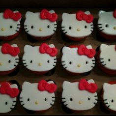 Hello Kitty cookies! Too cute.. #cookies #CookieCutter