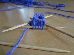 How to Knit with Double Pointed Needles (DPNs) Photo Tutorial