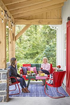 76 Best Patio Designs for 2019 - Ideas for Front Porch and, 76 best patio designs for 2019 as for front porch and they say home is where the heart is so what does that make theont porch? while you por that we encourage you to get inspired and make your porch or back patio your new favorite living space. check out these outdoorcorating as that epitomize the perfect functional exterior escape especially in the warmer months. plus get our favorite ways tocorate your backyard on the cheap ., be
