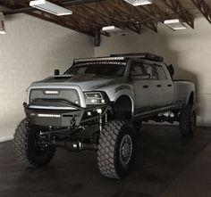 4 x 4 diesel Dodge ram